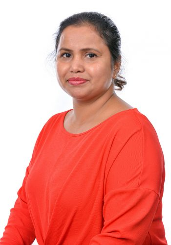 Mrs Selhi- Year 1 Teaching Assistant copy